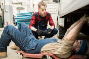 Trabajos periciales sobre un camión
